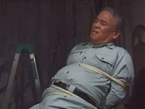 【ゲイ動画ビデオ】監禁されたガス点検員のオヤジ!緊縛プレイやローソク責めにパンツからカウパー汁が染みまくり!