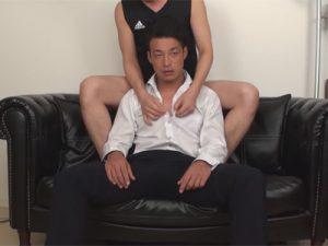 【ゲイ動画ビデオ】アナルに中出し&おしっこ注入!チョイ悪のスーツリーマンがゴーグルマンに変態プレイで気持ち良くされてしまう!