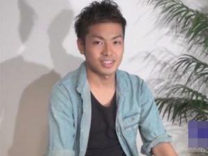 【ゲイ動画】毎日オナる18歳のヤリチンイケメンを高速ローション手コキ責め!「スゲ~気持ち良かったです…」と男のテクに感動!