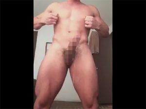 【Twitterゲイ動画】チンポには触れず乳首への刺激のみで勃起マラをチンピクさせてドッパドッパと射精する淫乱マッチョ!